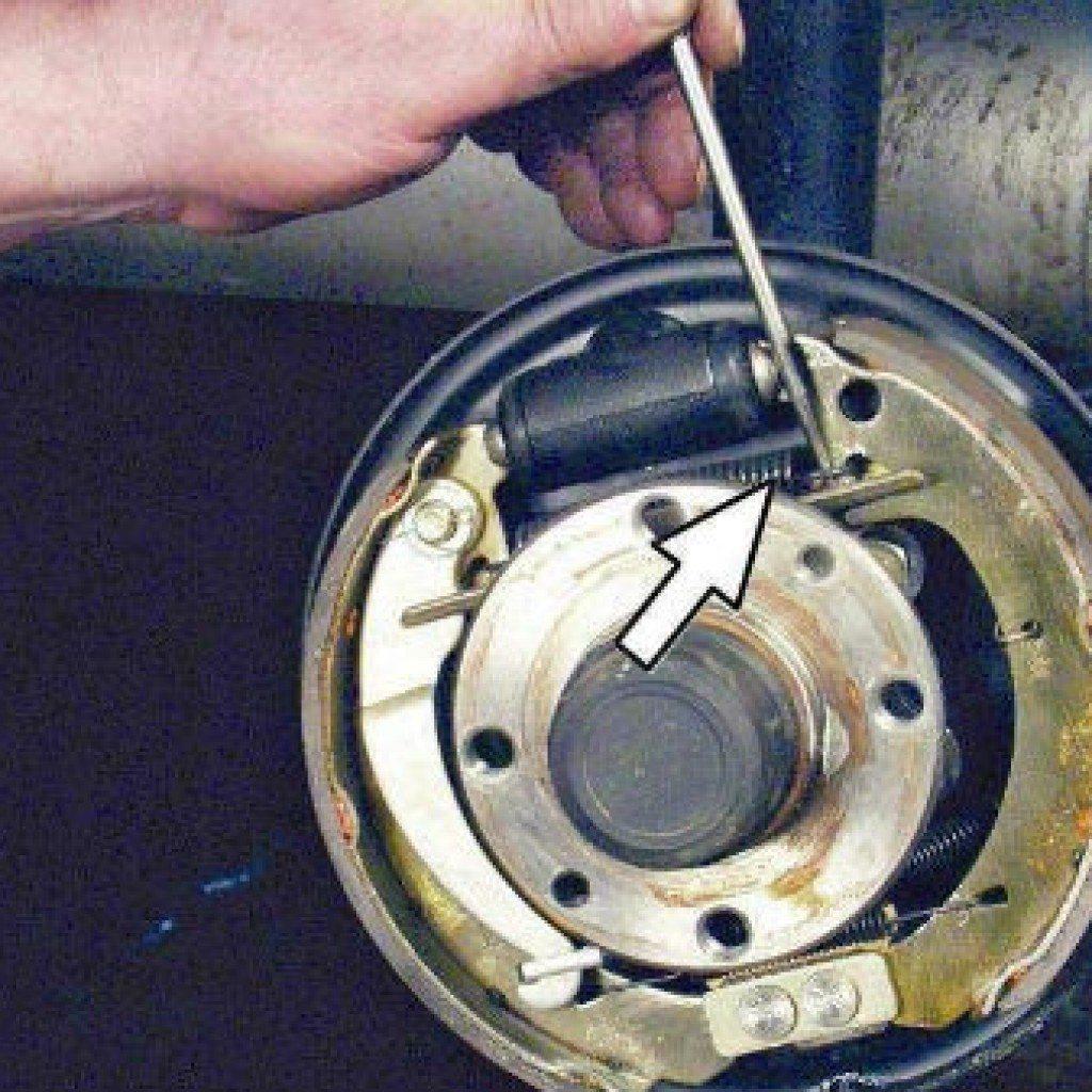 замена задних тормозных колодок ланос инструкция