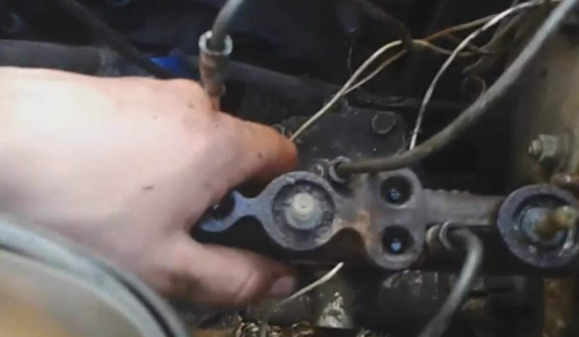 Замена тормозного цилиндра ВАЗ 2107 своими руками