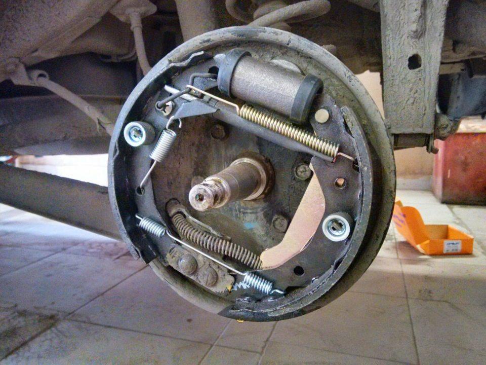 Замена задних тормозных колодок Matiz 1